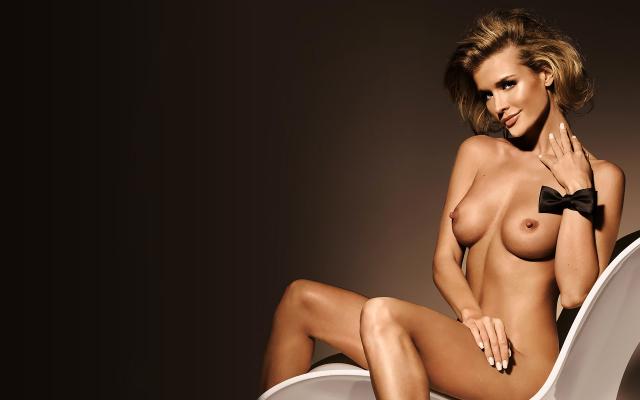 горячие модели голые фото