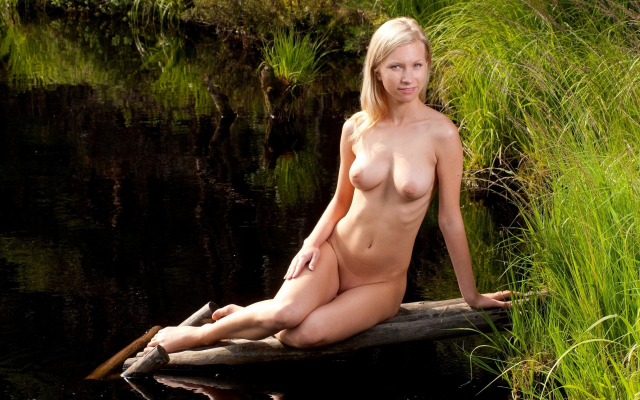 3000x1688 pix. Wallpaper skinny, outdoor, boobs, tits, naked, pier, pond, grass