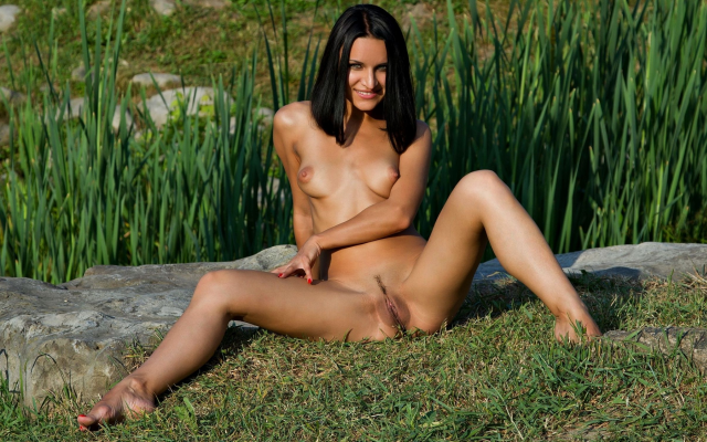 2667x1500 pix. Wallpaper trimmed pussy, tits, brunette, outdoors, smiling, tanned, landing strip, pussy, spread legs
