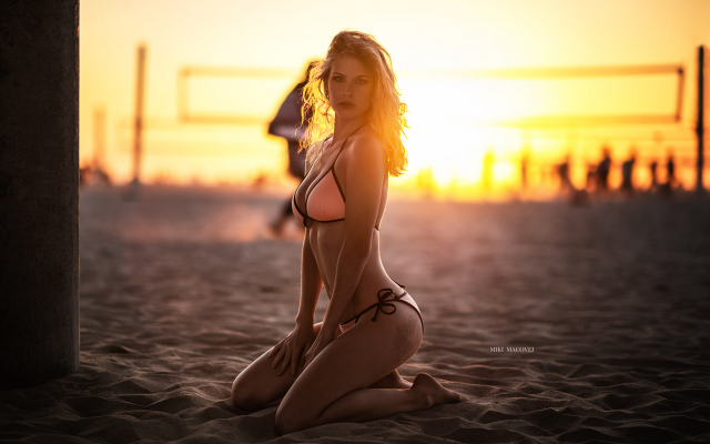 2048x1410 pix. Wallpaper miki macovei, beach, kneeling, sunset, sand, tanned, bikini