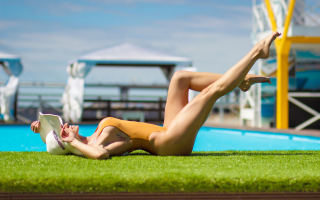 2048x1365 pix. Wallpaper  hat, swimming pool, one-piece swimsuit, sideboob, legs