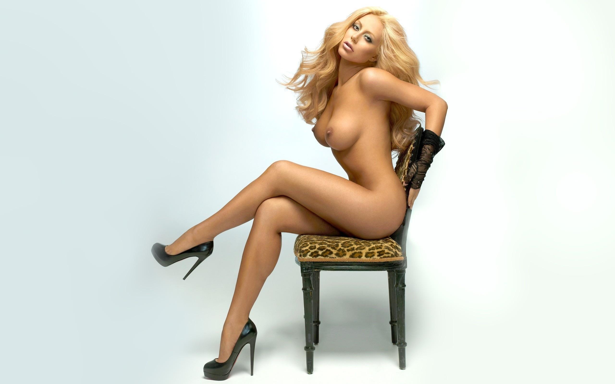 9-porno.ru Красивая голая телка