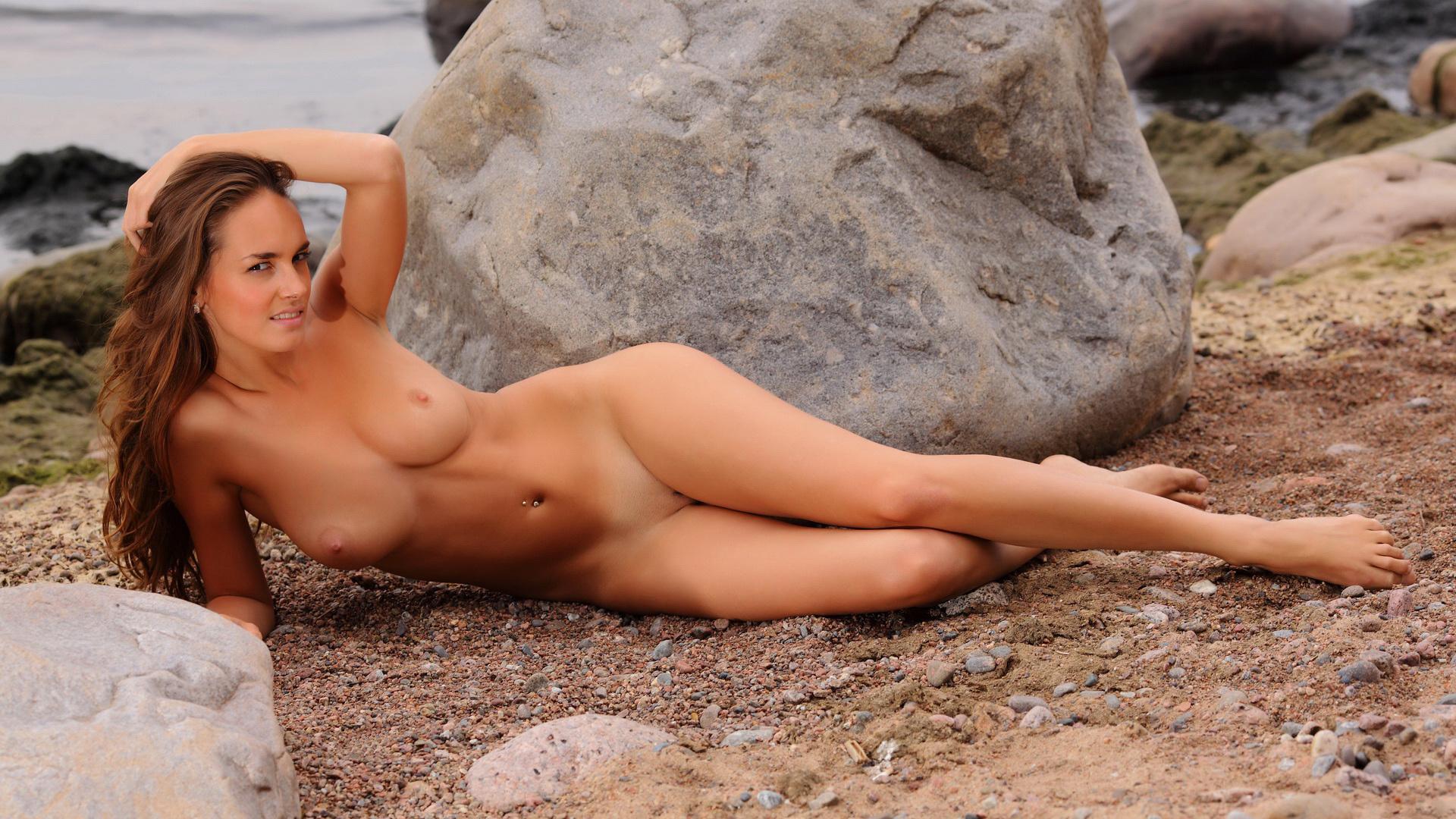 Частное порно на пляже hd 24 фотография