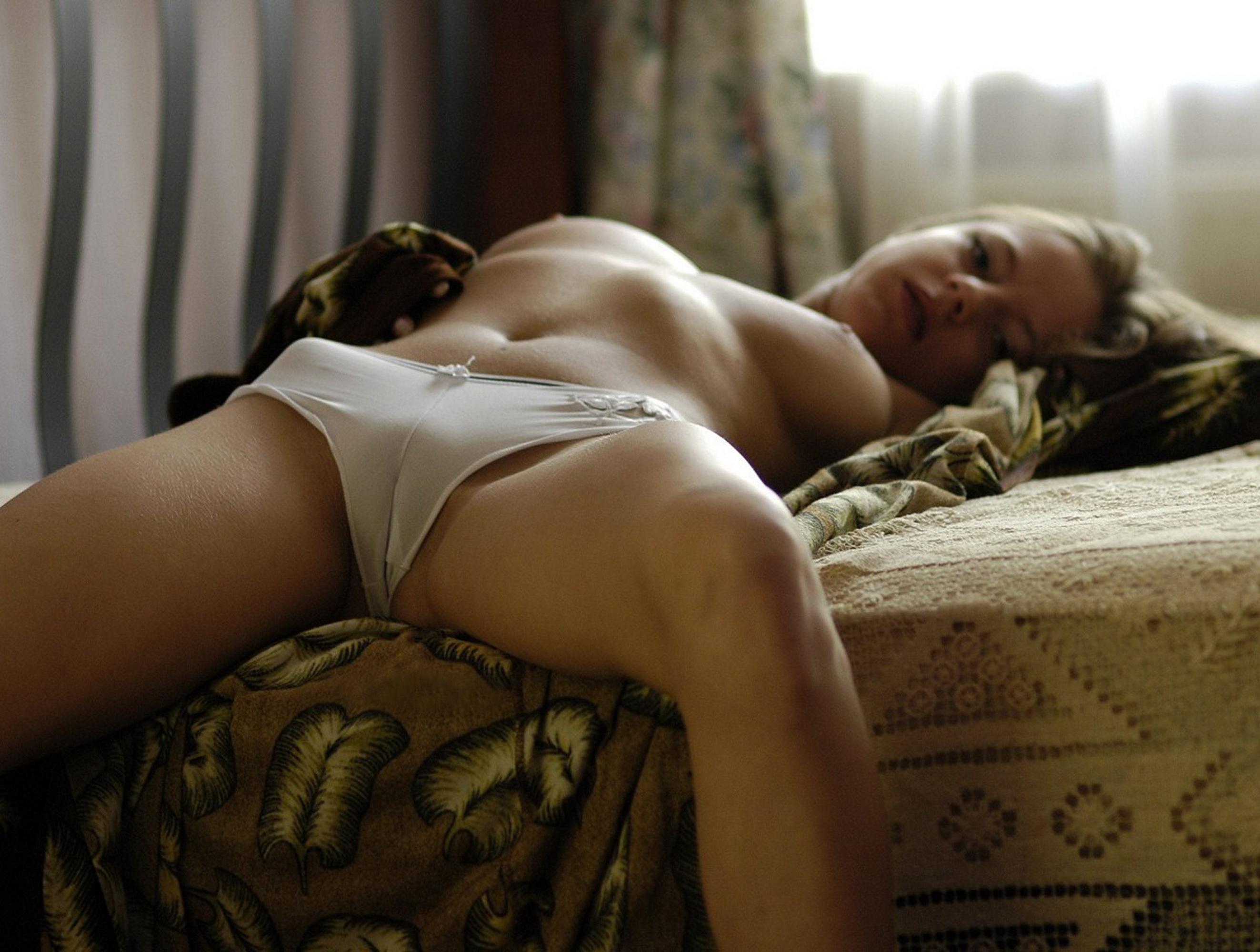 Сексуальное тело в трусиках