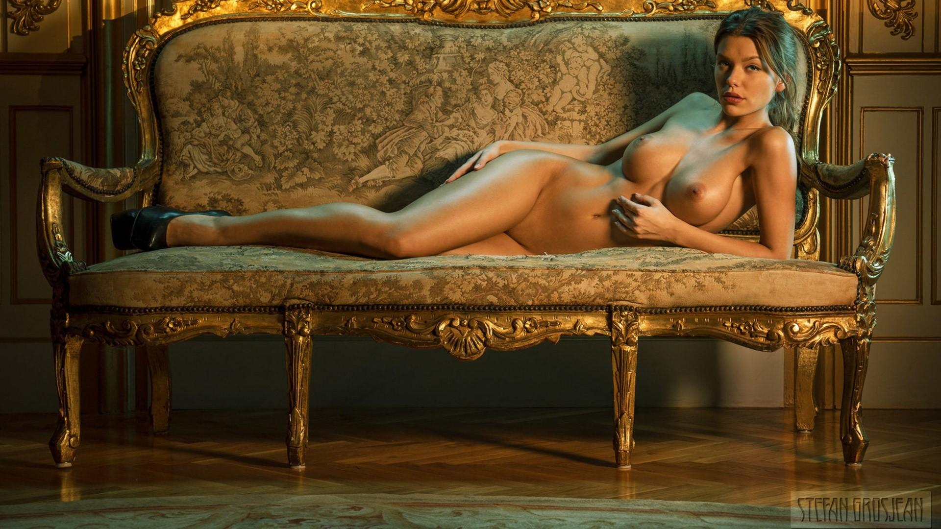 stefan nude Anjou grosjean