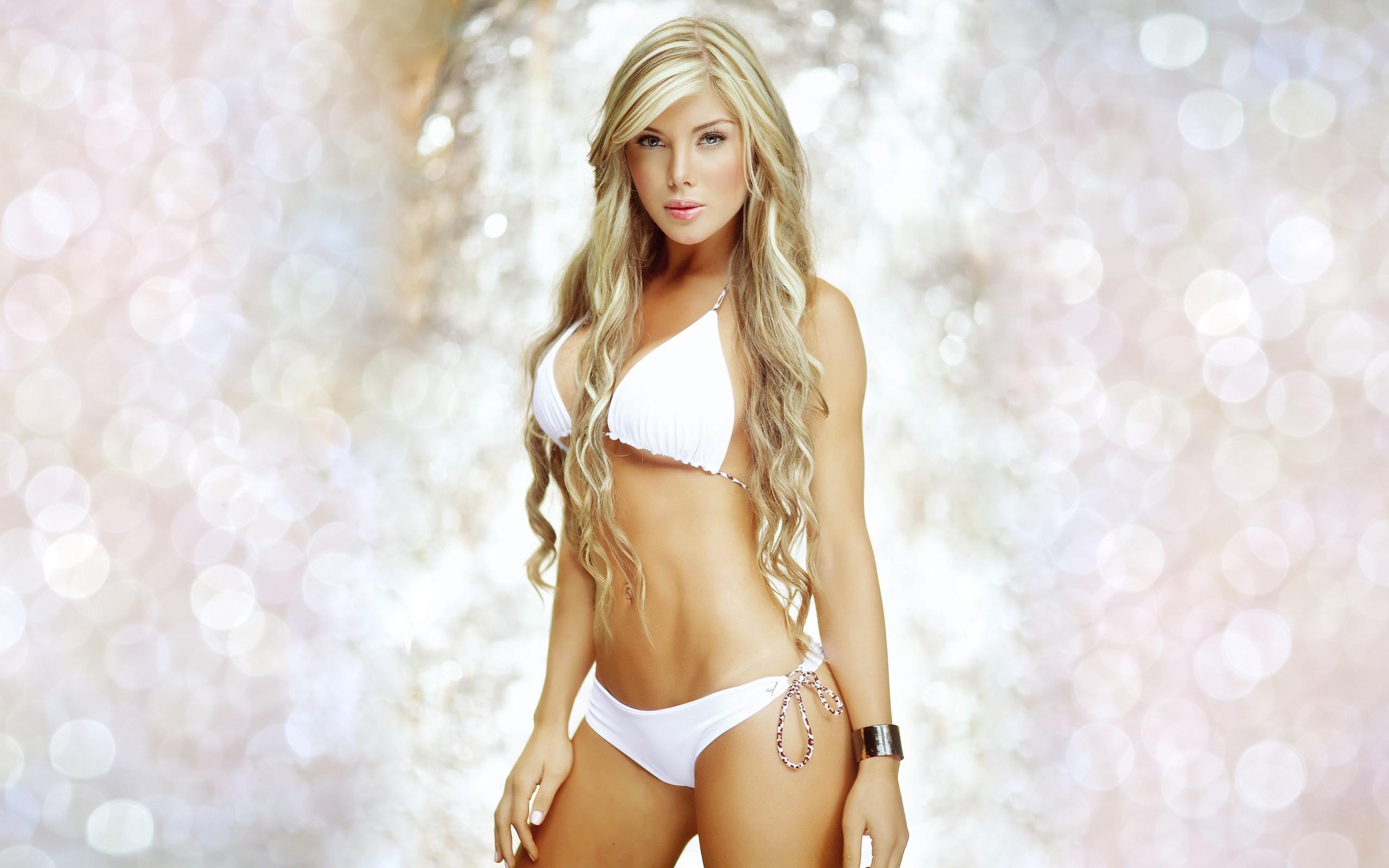 Blonde Latinas 55