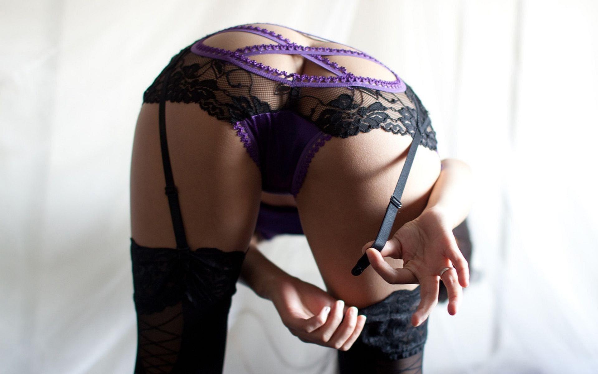 Сексуальная девка в трусиках 27 фотография