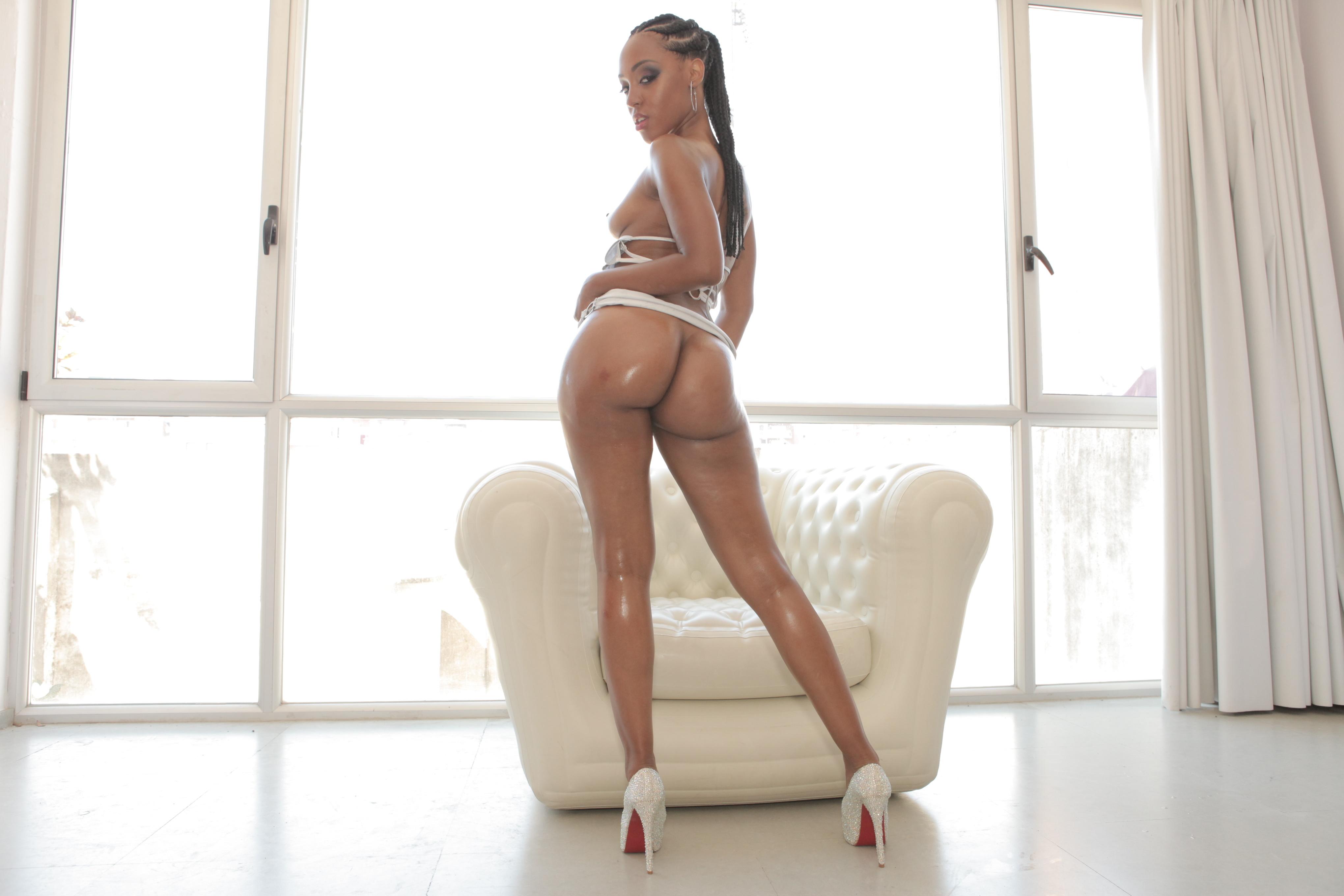 high heels fat ass