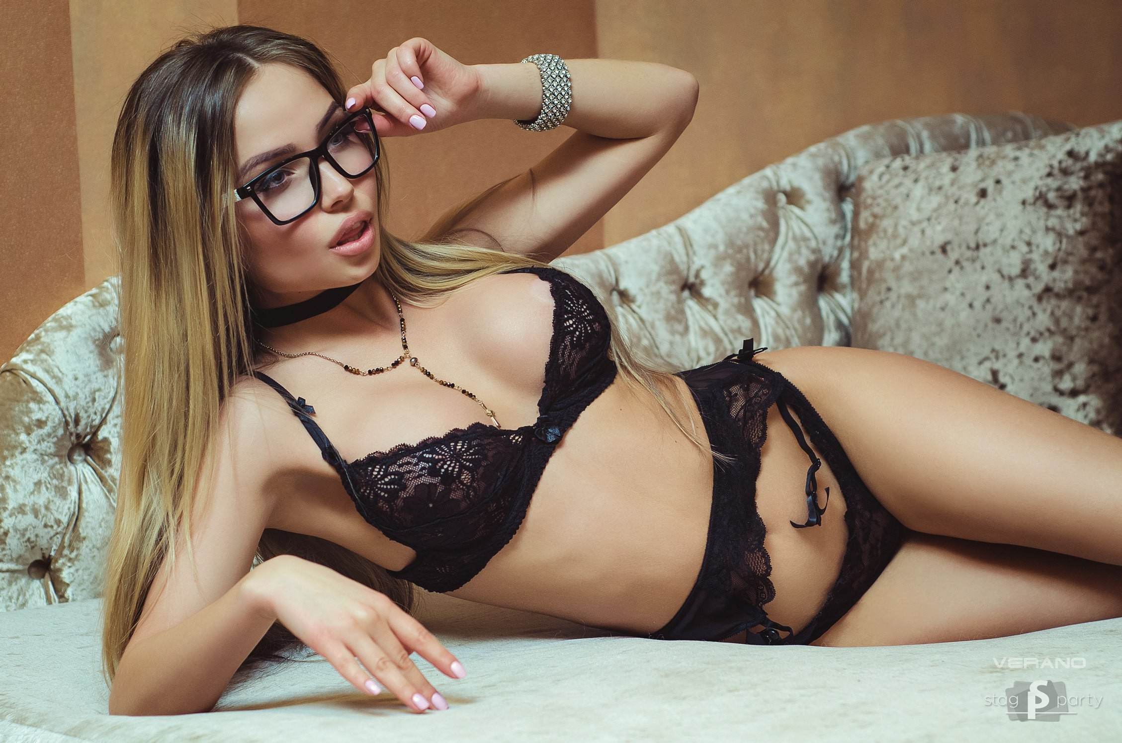 Download 2257x1495 natalia rachkovich, couch, black ...