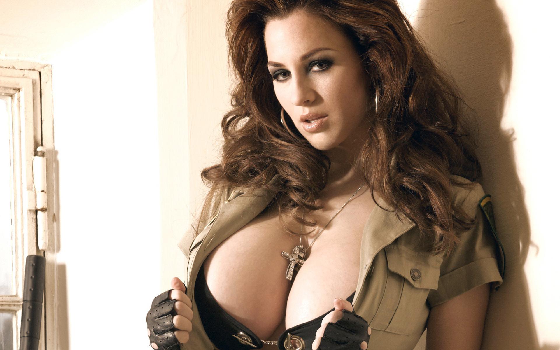 Фото красивая большая грудь
