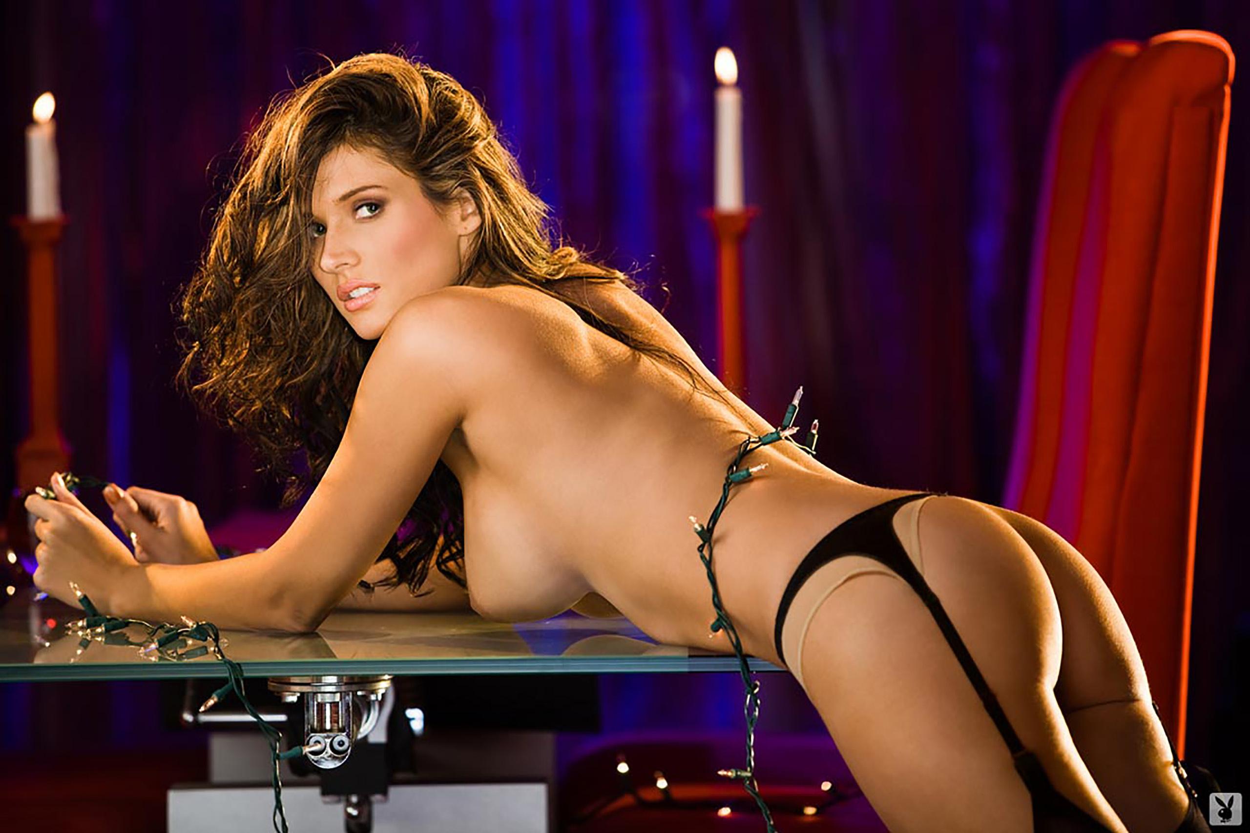 Amanda hanshaw sexy Bilder