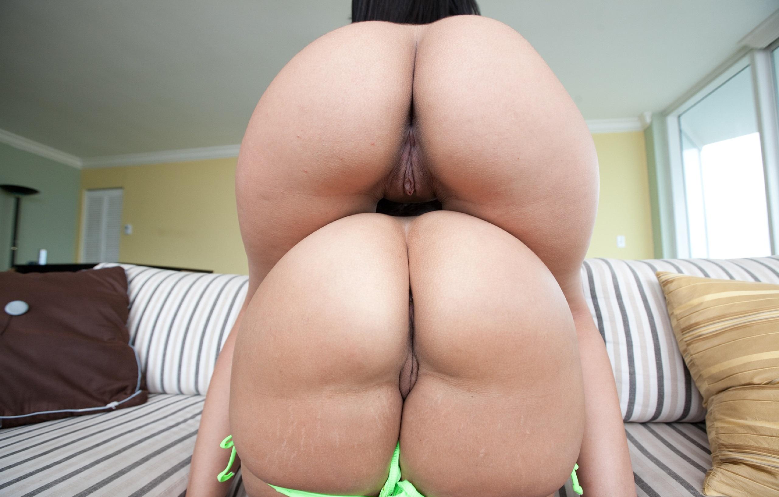 Granny thong nude porn pics