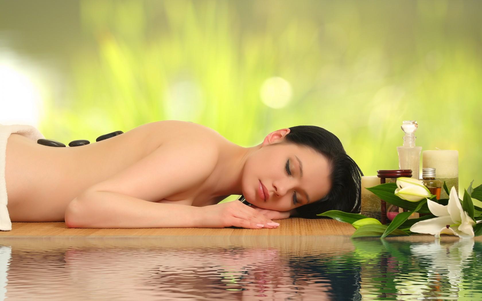 Фото красивые девушки массаж