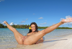 gracie glam, beach, spread legs, ass, tropics, brunette, wet, labia, pussy, smiling wallpaper