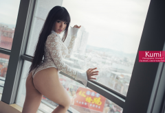 kumi, big ass, one-piece, asian, window, city, dreams yi, long hairs, brunette wallpaper
