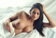 big tits, brunette, in bed, boobs wallpaper