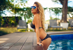 blonde, ass, outdoors, bikini, black bikini, sunglasses, tanned, swimming pool wallpaper