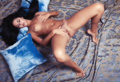 macy b, met-art, naked, tits, black hair, shaved pussy, labia, in bed wallpaper