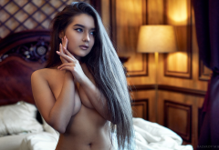 portrait, long hair, eyeliner, boobs, tanned, in bed, tits wallpaper