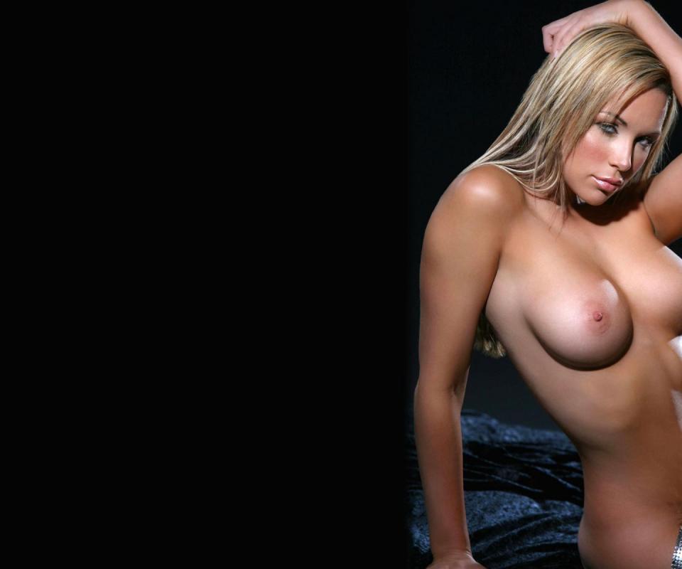 Gorgeous Celeb Star Emily Scott Says Pervertslut 1