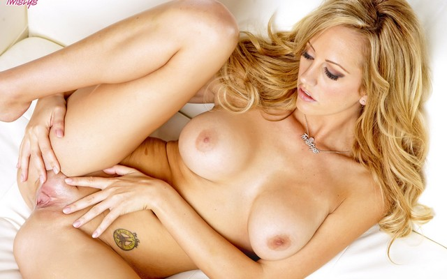 Matchless brett rossi twistys the world