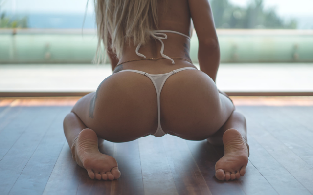 2000x1336 pix. Wallpaper cara, ass, tattoo, kneeling, blonde, thong, back