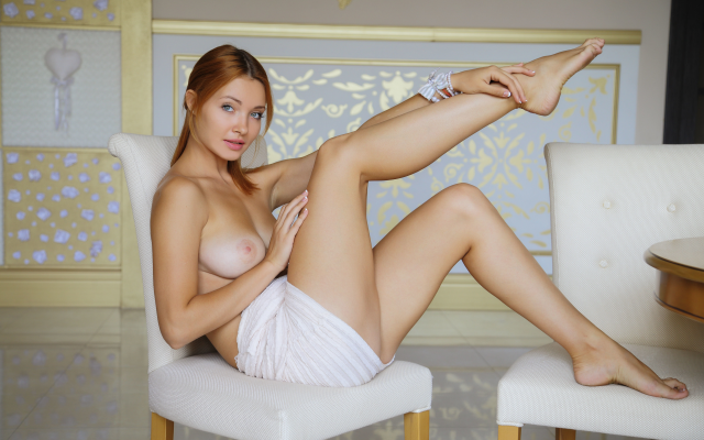 sexy legs boobs