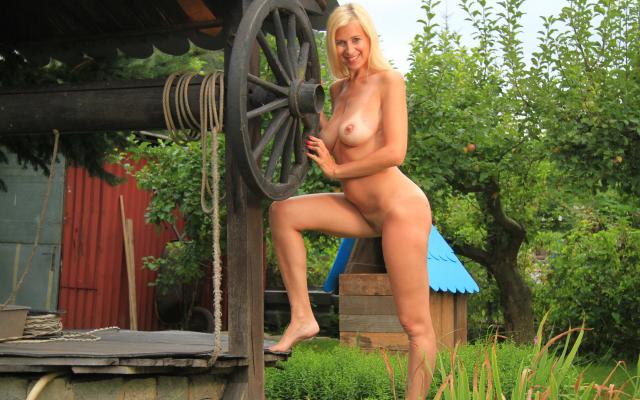 Sexy girl orgasm