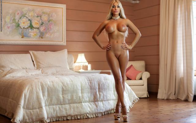 Hot super big boob pics