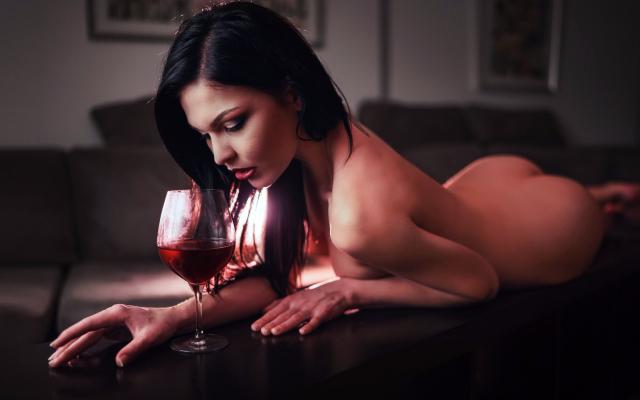 Photo Oksana Bast, Nude, Ass, Black Hair, Wine Glass -3303