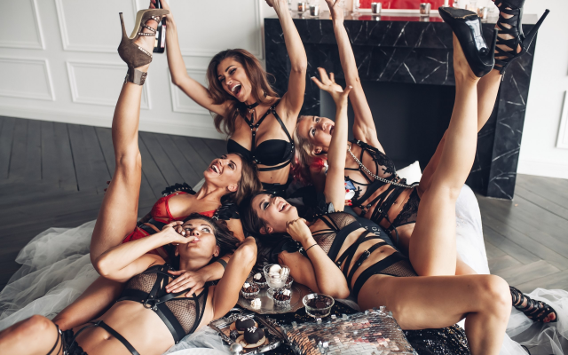 2560x1707 pix. Wallpaper tanned, group of women, black lingerie, high heels, smiling, see-through, fetish, five