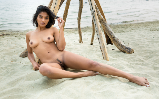 Trimmed pussy beach removed