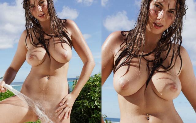 Bikini bikini bikini microkini