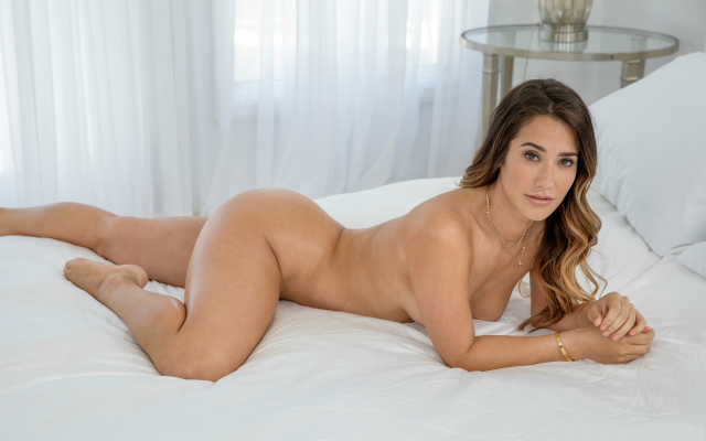2449x1632 pix. Wallpaper eva lovia, tits, brunette, tanned, ass, naked, in bed, oiled