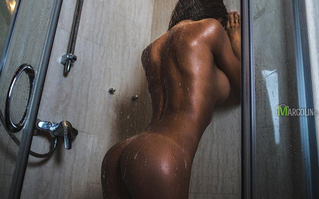 Sexy full naked kattarina having sex with boys