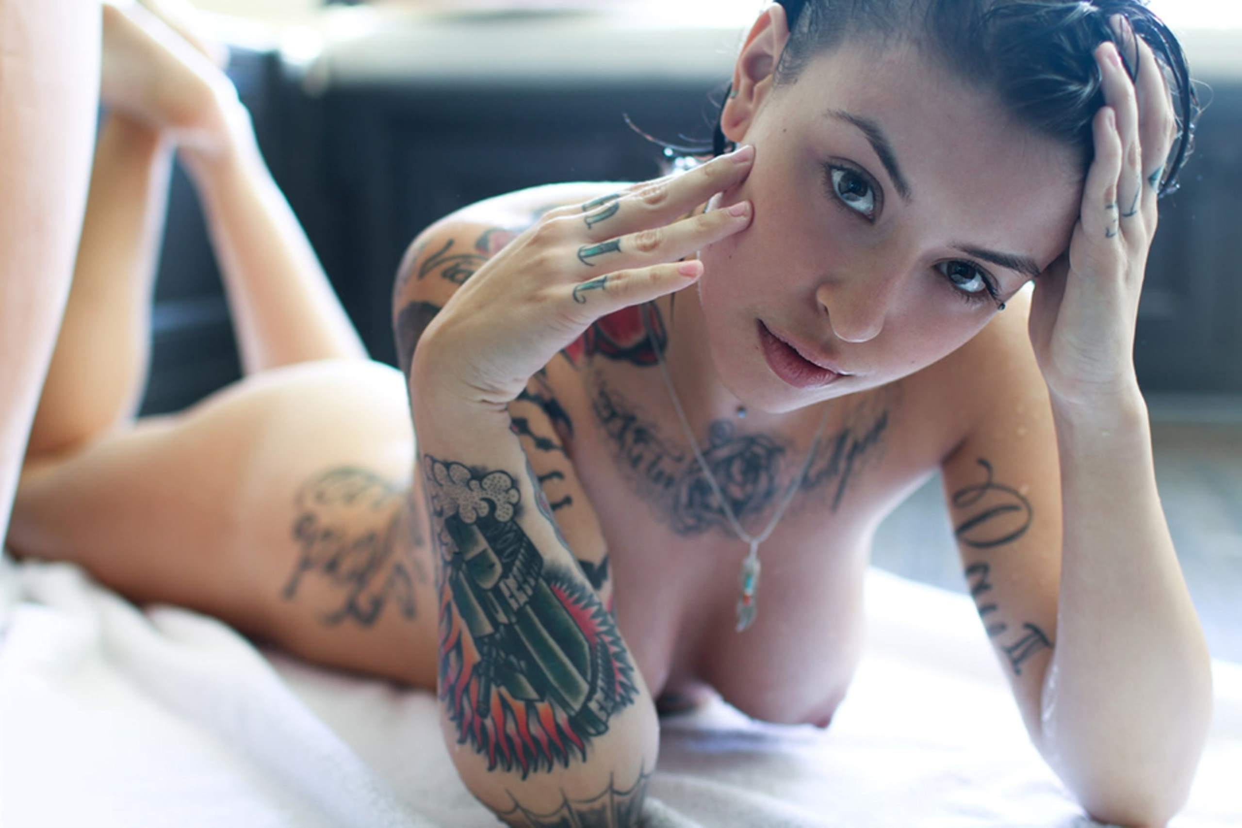 Download 2560x1707 brunette, boobs, girl, nude, tattoo ...