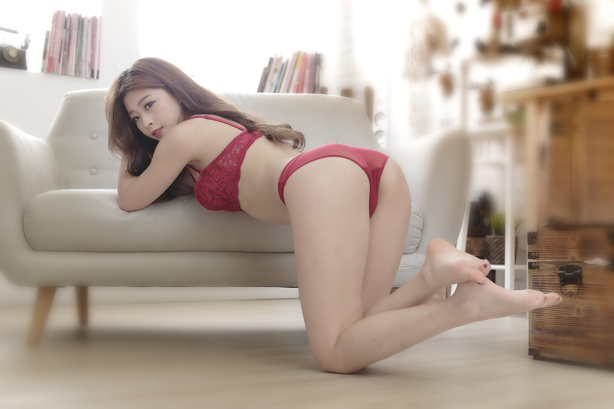 asian a Hot couch on