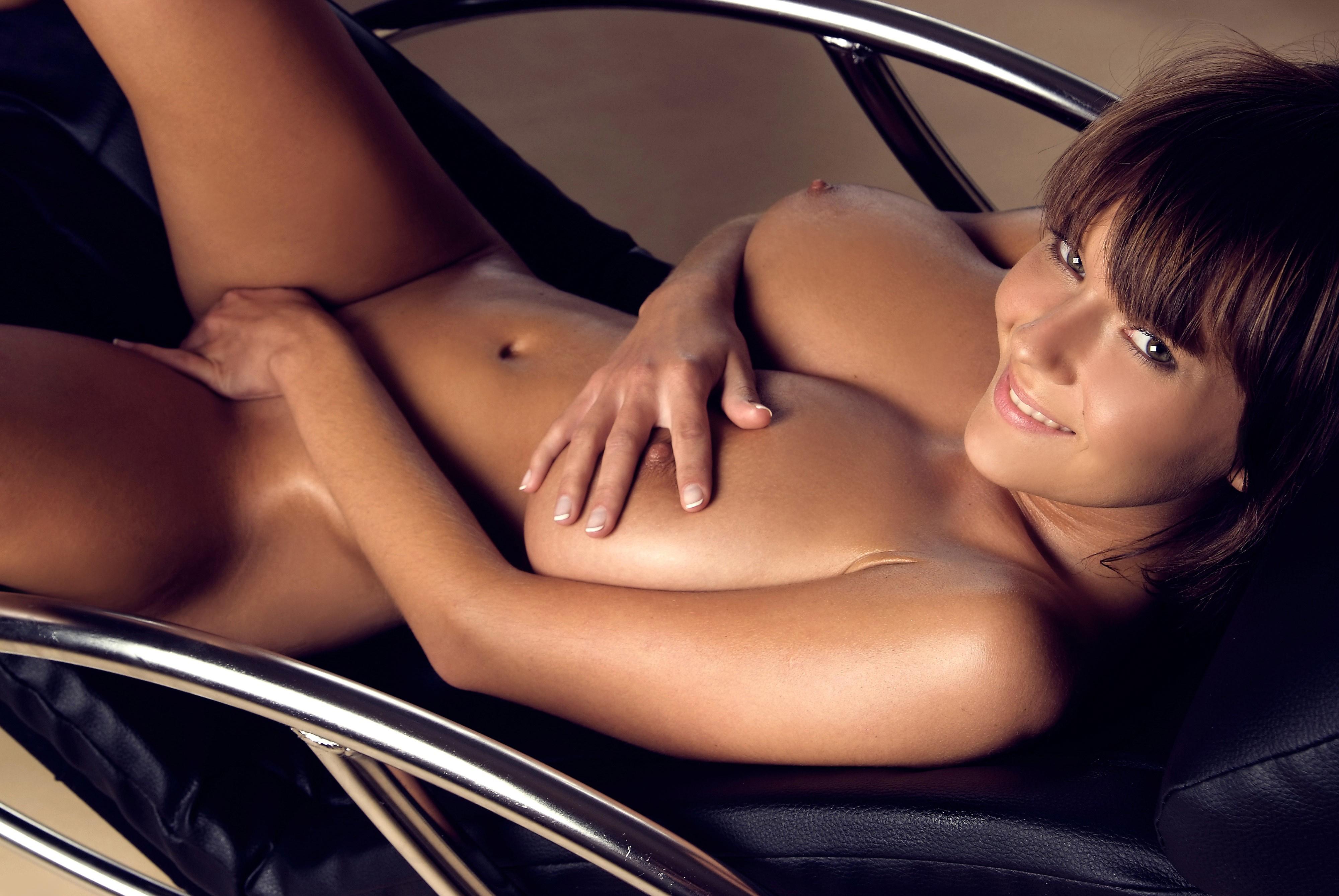 Ala Passtel Porn download 4000x2677 brunette, boobs, naked, smile, gabrielle
