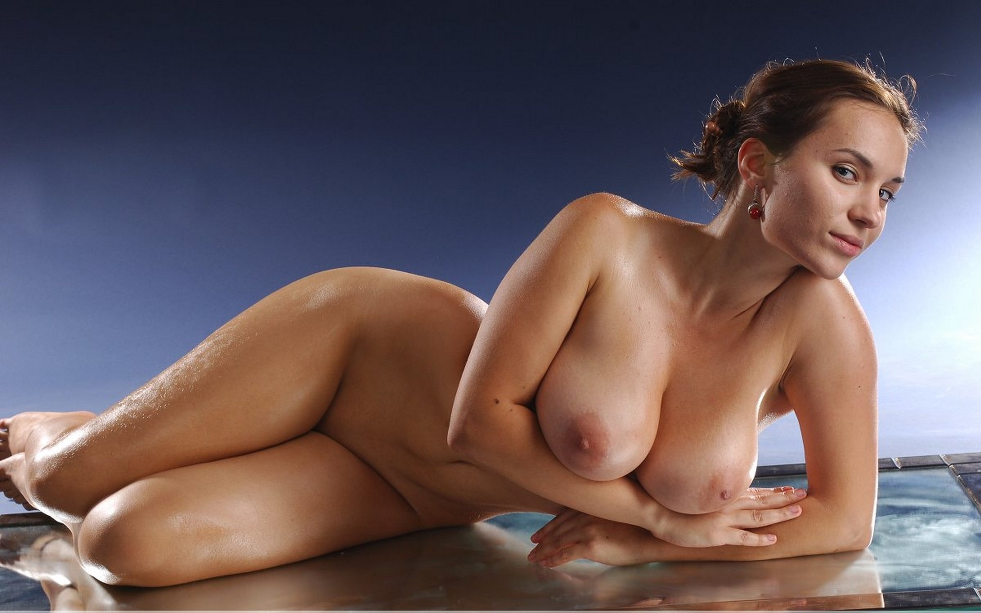 Big naked ladies