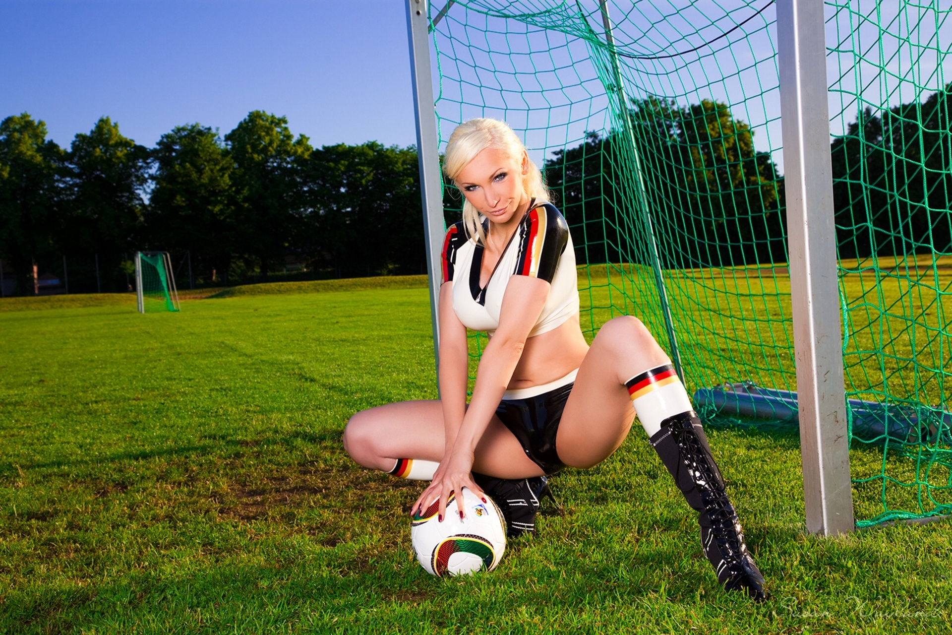 Por videos naked on the football field from