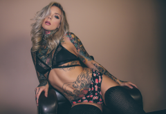 madison skye, model, tattoo, inked girls, blonde, couch, underwear, lingerie, panties, bra, srockings wallpaper