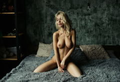 nude, blonde, boobs, nipples, kneeling, in bed, pillow, sexy wallpaper