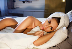eva lunichkina, in bed, towell, tanned, sexy, hips, playboy wallpaper