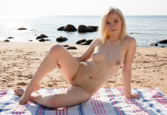 kate fresh, naked, blonde, smiling, sea, beach, shaved pussy, tits, nipples, pussy wallpaper
