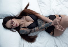 tanya bahtina, top view, black lingerie, in bed, tattoo, glasses, cleavage, pillow, long hair, lingerie, busty, boobs, big tits wallpaper